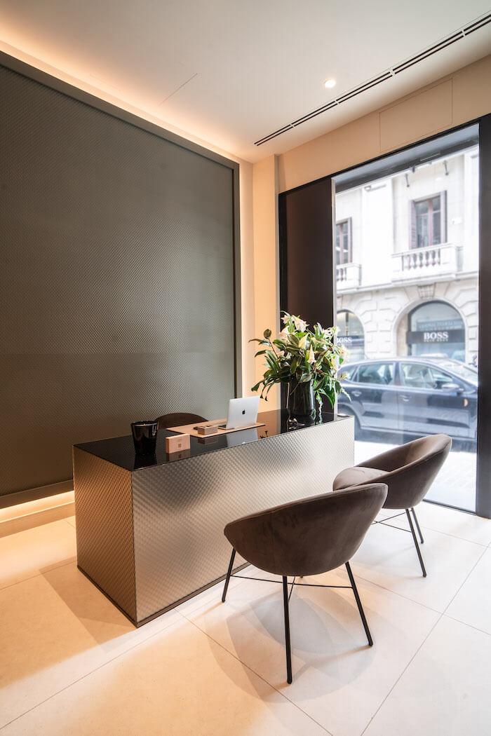 instalaciones-modernas-lora-boutique-dental-barcelona-smile-design